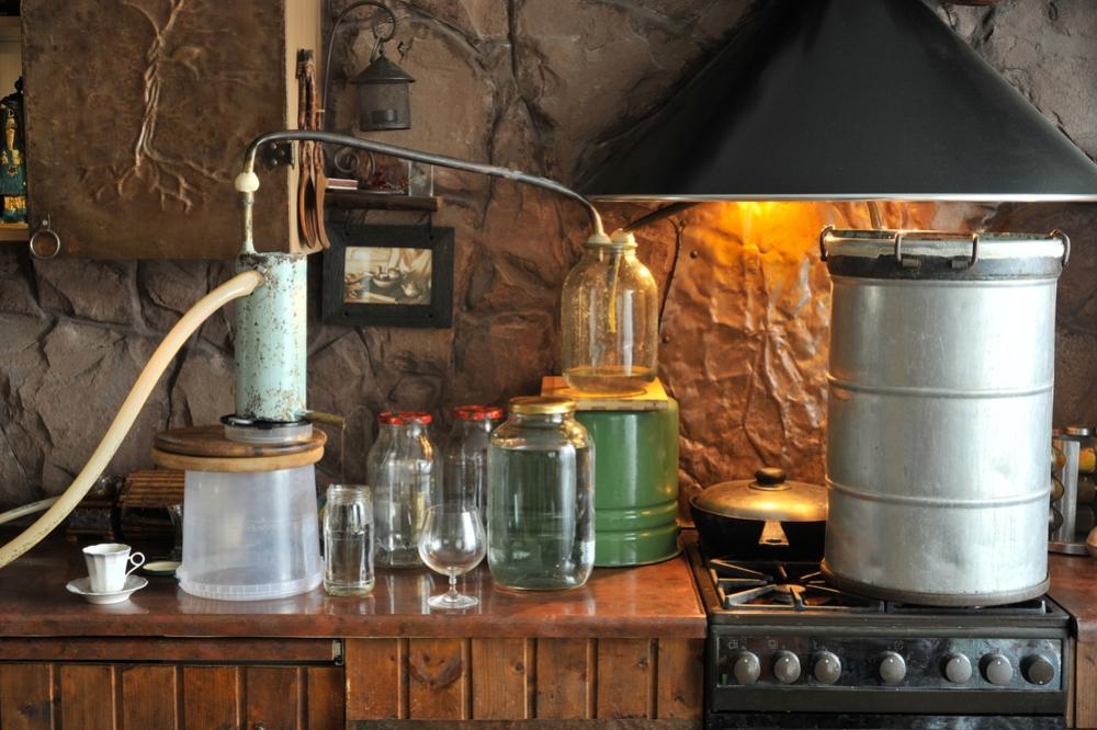 Разновидности рецептов изготовления самогона в домашних условиях