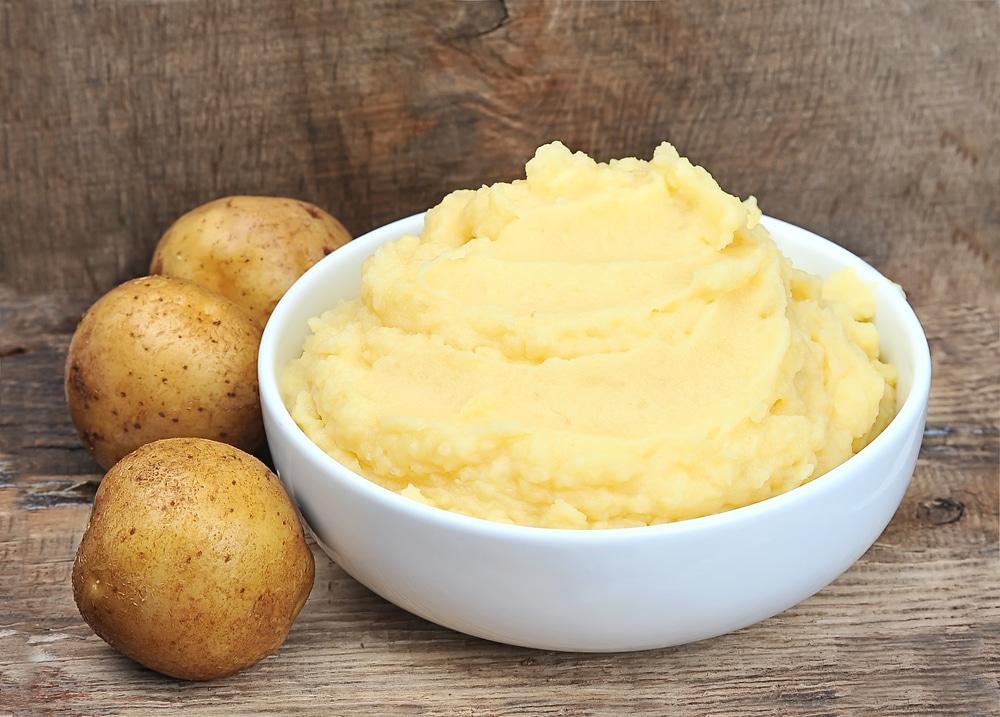 Получить  брагу из картофеля
