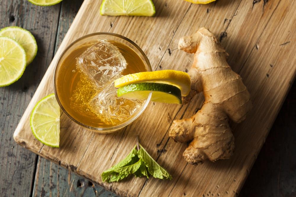 Пряная лимонная настойка на водке с имбирем