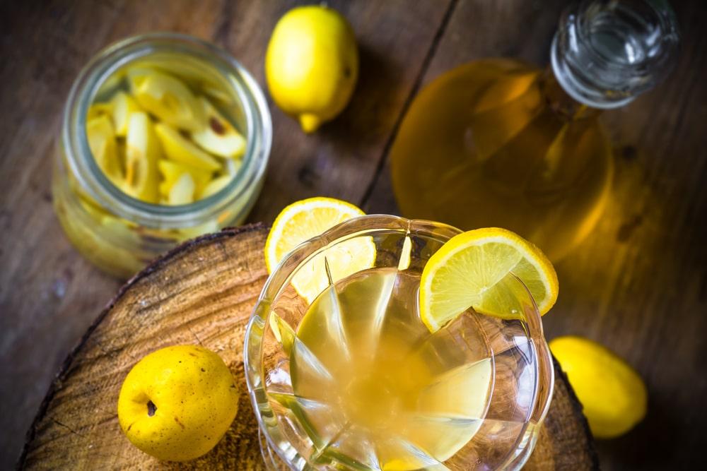 Лимонная настойка на водке: известные методики приготовления