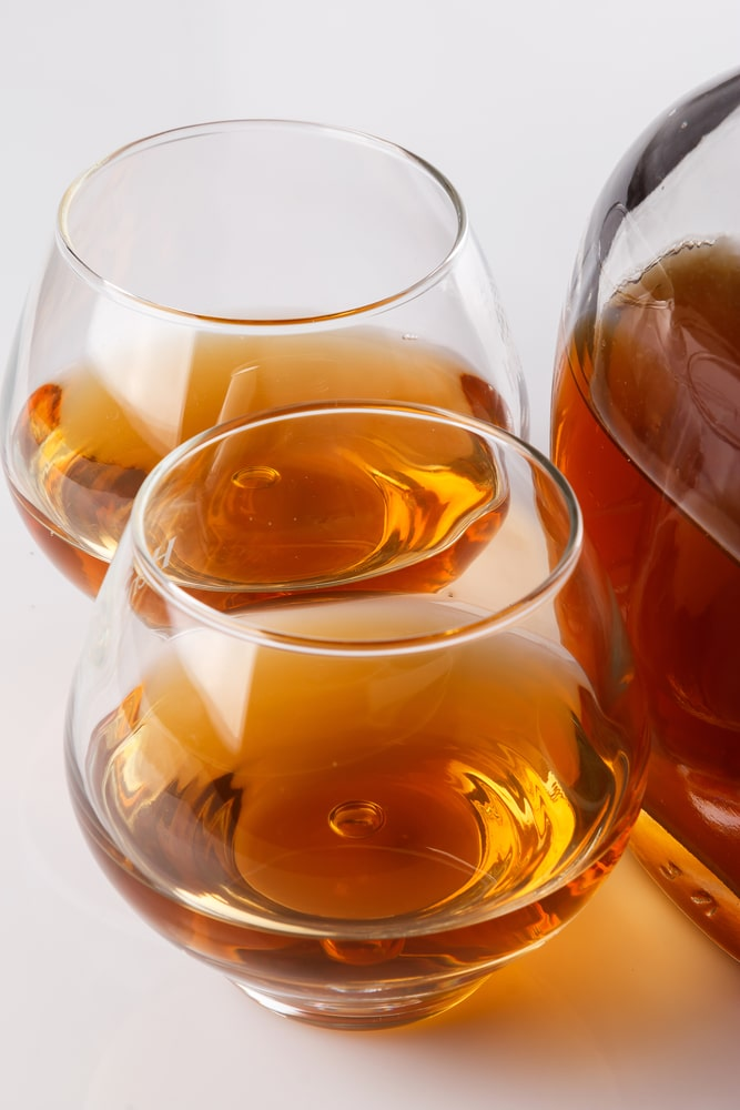 Как приготовить коньяк из спирта?