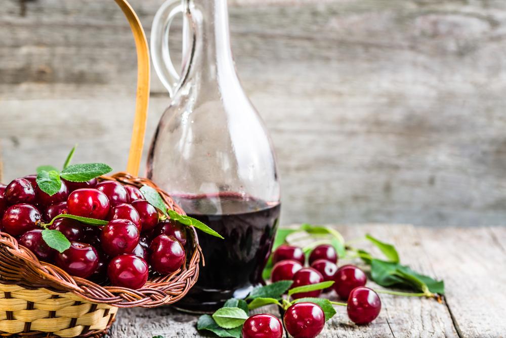 Выбрать спирт для настойки на вишне